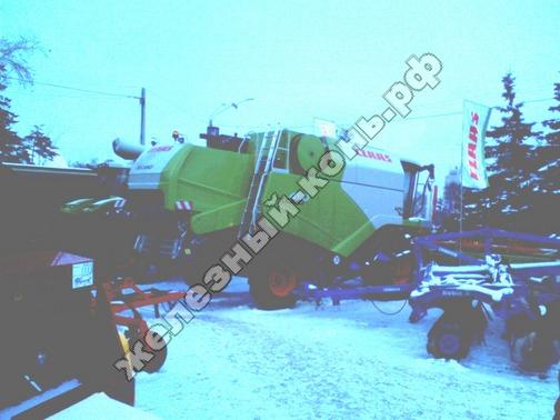 Фото с агровыставки «Алтайская Нива» (г. Барнаул). Зерноуборочный комбайн Claas