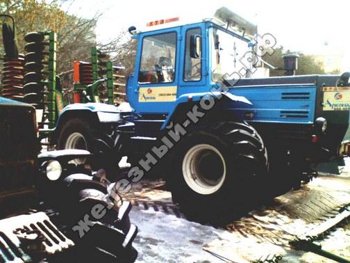 Фото с агровыставки «Алтайская Нива» (г. Барнаул). Трактор ХТЗ