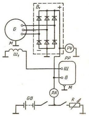 Схема проверки напряжения контактно-транзисторного реле-регулятора