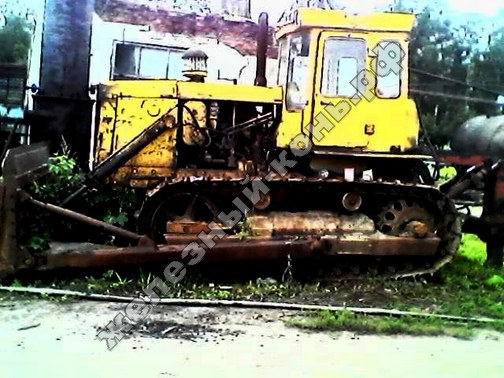 трактор Т-130М
