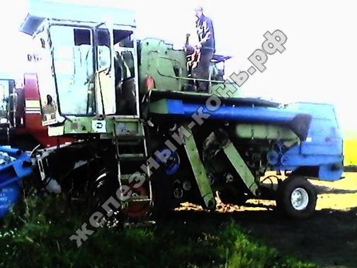 зерноуборочный комбайн Енисей 1200-1М фото