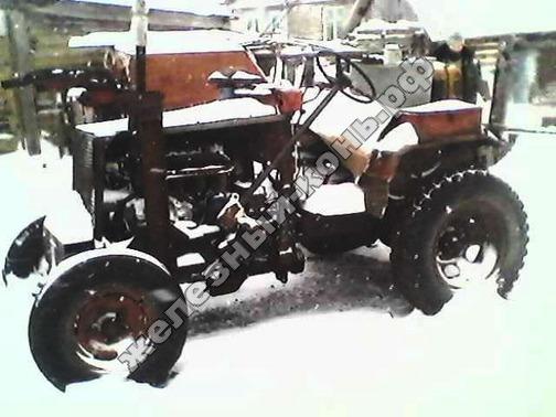 Самодельный трактор с двигателем Т-40 и КУН фото
