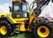 Техническое обслуживание колёс и шин тракторов и автомобилей