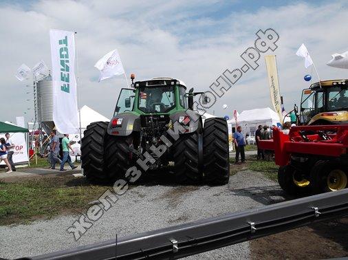 Трактор колёсный Fendt 936 Vario
